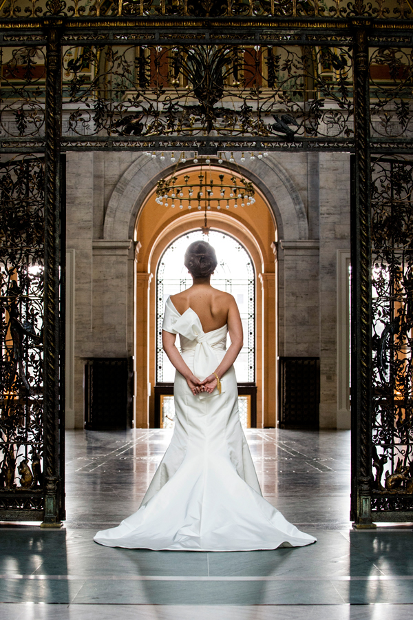 Detroit Michigan Wedding Photographer Previous Next